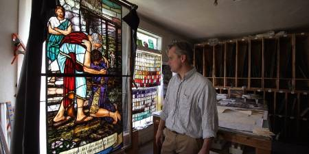 'New Book Illuminates 120+ Year History of L.A. Stained Glassmakers Judson Studios